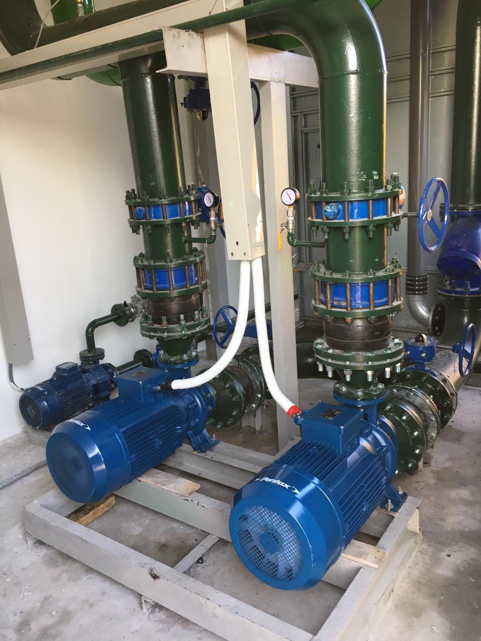 Lắp đặt máy bơm công nghiệp Pextax CM32-160B